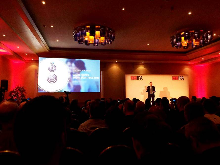 En live de Malte avec Haier à l'IFA Global Press Conference 2015